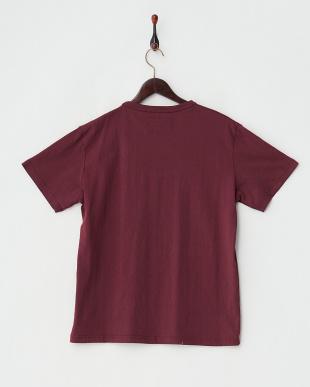 エンジ  カモプリント×パッチTシャツ見る