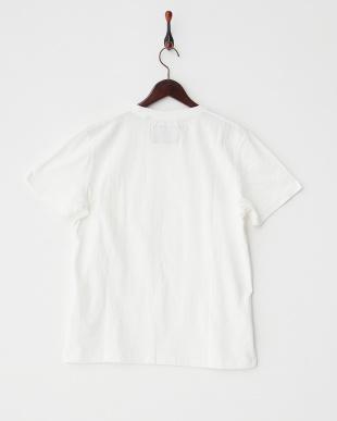 オフホワイト  クルーネック ポケットTシャツ見る