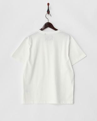 ホワイト  胸ポケット付きVネックTシャツ見る