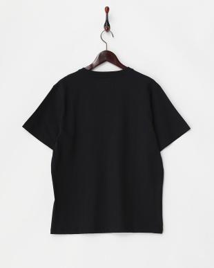 ブラック  胸ポケット付きVネックTシャツ見る