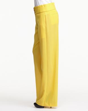 yellow VIGA パンツ見る