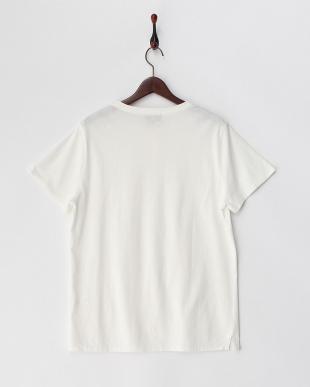 ホワイト 1ボタンヘンリーネックTシャツ見る