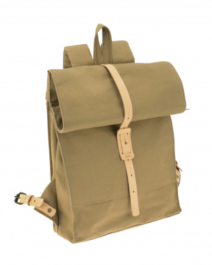 TAN  THE ROLLTOP BACKPACK見る