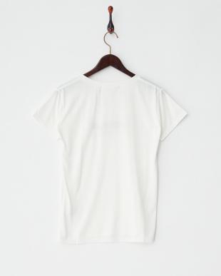 オフホワイト UNKNOWN 半袖Tシャツ見る