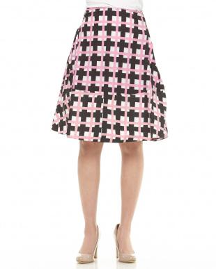 ピンク サイドタック入りチェック柄スカート見る