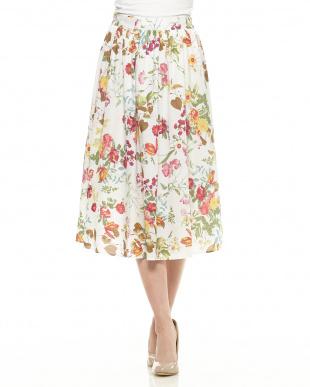 ホワイト  花柄フレアスカート見る