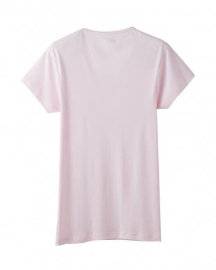 フレッシュピンク VネックTシャツ見る