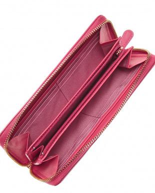 ピンク  ラウンドファスナー財布見る
