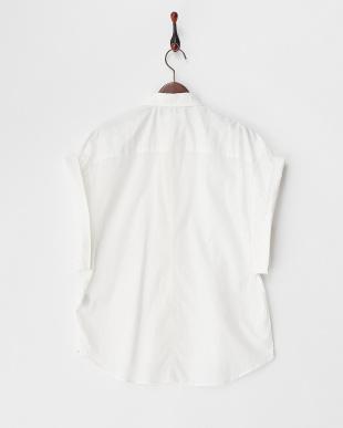 ホワイト 変形スリーブシャツ見る