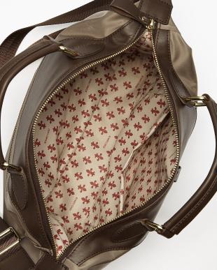 MOSS BROWN  リモンタ社製ナイロン 舟形バッグ見る