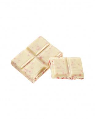 ホワイトチョコレート ストロベリークリスプ×4枚見る