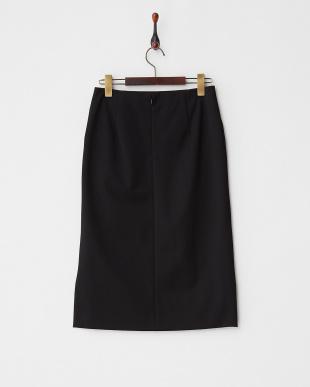 ブラック  バックテールタイトスカート見る