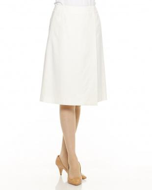 ホワイト ストレッチラップスカート見る