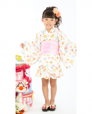 ホワイト系 Sahoコラボ フラワーガーデン 浴衣ドレス+帯見る