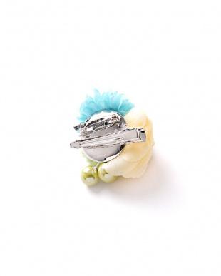 クリーム系 パール調装飾MIXフラワー 子供用髪飾り見る