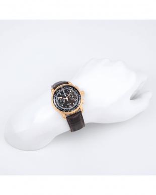 ブラック 100周年記念モデル クロノ クォーツ腕時計見る