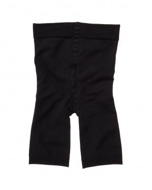 ブラック PrettyWalker ローライズフィット3分丈パンツ 2個セット見る