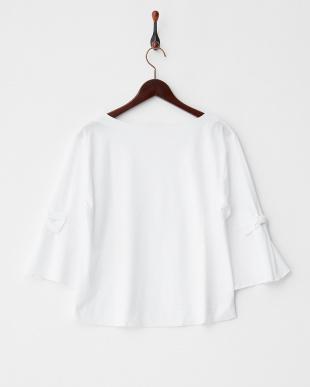 ホワイト  袖リボンフレアTシャツ見る