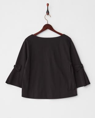 ブラック  袖リボンフレアTシャツ見る