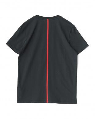 MOONLESS  FERRARI LS ビッグシールド SS Tシャツ見る