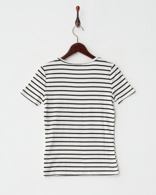 ホワイト×ブラック ボーダーVネック二重Tシャツ見る