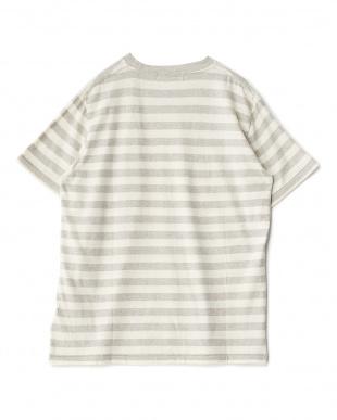 グレー ボタニカルダイボーダーTシャツ|MEN見る