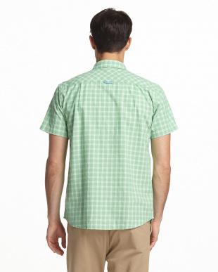 グリーン  チェック柄半袖シャツ見る