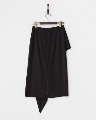 ブラック ラッフルタイトスカート見る
