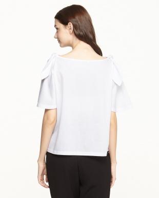 ホワイト  肩リボンTシャツ見る