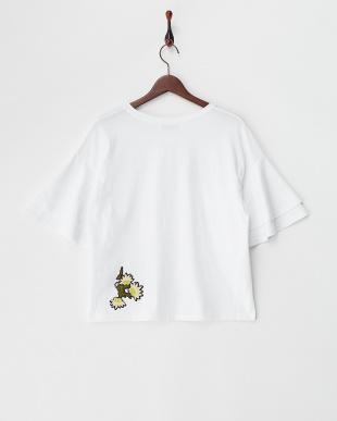 WHITE  刺繍ワッペン付フレア袖Tシャツ見る