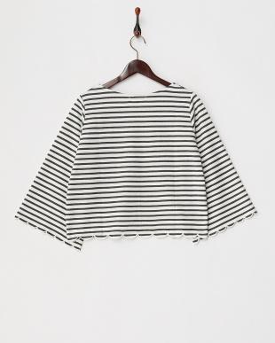 WHITE/BLACK  ネックレス付きスカラップ袖プルオーバー見る