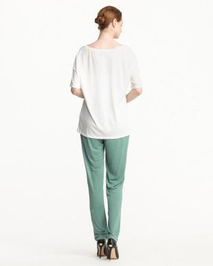 グリーン/ホワイト タックパンツ+Tシャツ見る
