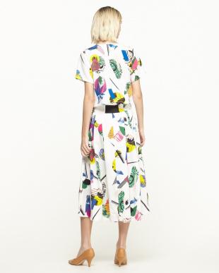 ホワイト 半袖トップス+タック入りグログランスカート見る