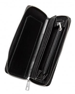 ブラック  ラウンドファスナー パイソン型押し長財布見る