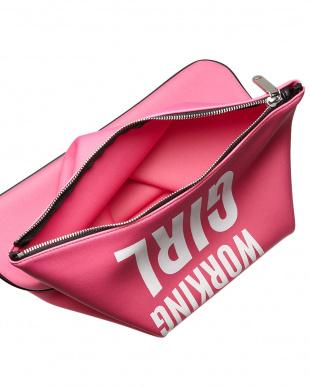 ピンク  ロゴプリント折り返しクラッチバッグ見る
