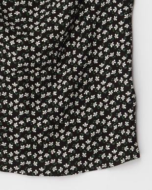 ブラック  小花クレープブラウス見る