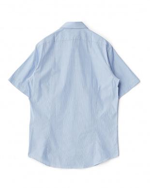 ブルー系 ストライプ柄 半袖ボタンダウンワイシャツ見る