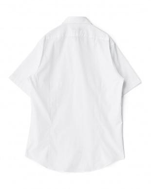 ホワイト系 無地 半袖ボタンダウンワイシャツ見る