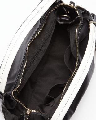 ブラック  フェイクレザー配色ハンドバッグ見る