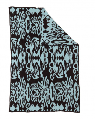 TENDER BLUE/CHOCOLATE  THROW DAMASK PATTERNED ブランケット見る