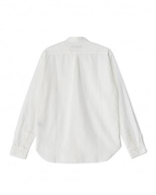 White  綿麻ボタンダウンロングスリーブシャツ DOORS見る