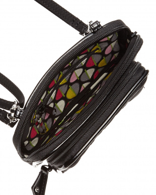 Classic Black with Black  On the Square Wristlet 2.0見る