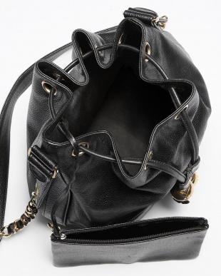 ブラック キャビアスキン トリプルココ巾着バッグ見る