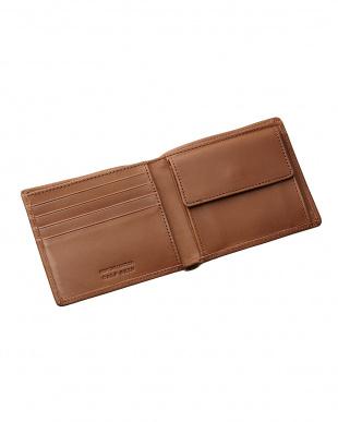 ブラウン  国産カーフスキン二つ折り財布見る