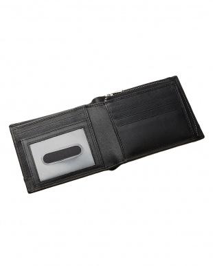 ブラック  ファスナータイプ 二つ折り財布見る