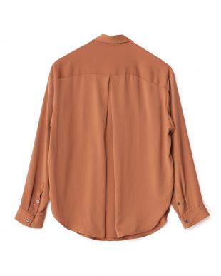 tan ヴィンテージサテンフロントポケットシャツ見る