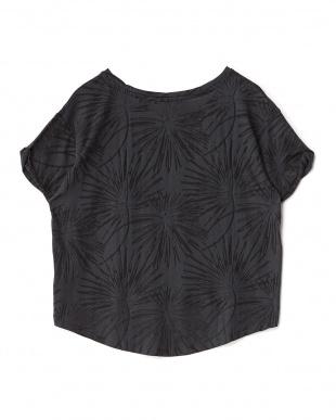 ブラック  透かし柄クロップドTシャツ見る