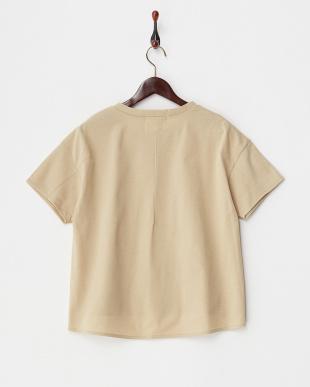 ベージュ メモリー鹿の子デザインTシャツ見る