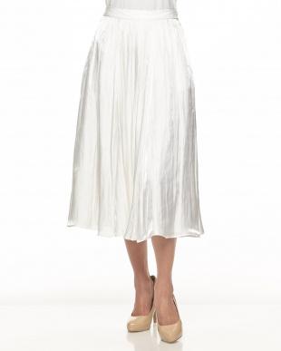 ホワイト  シャイニーフレアスカート見る