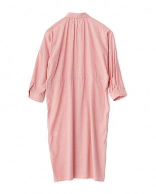 ライトピンク  ドロップショルダーロングシャツ見る